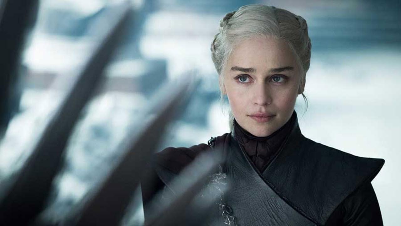 Emilia Clarke přiznala, že by některé věci v 8. řadě GoT ráda změnila