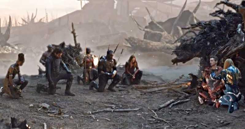 Klečící hrdinové