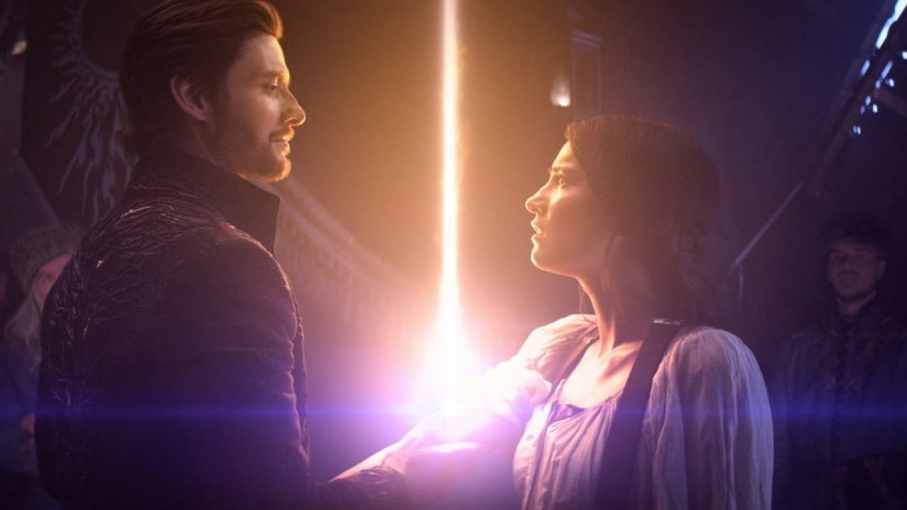 Netflix láká na novou fantasy Světlo a stíny v prvním traileru