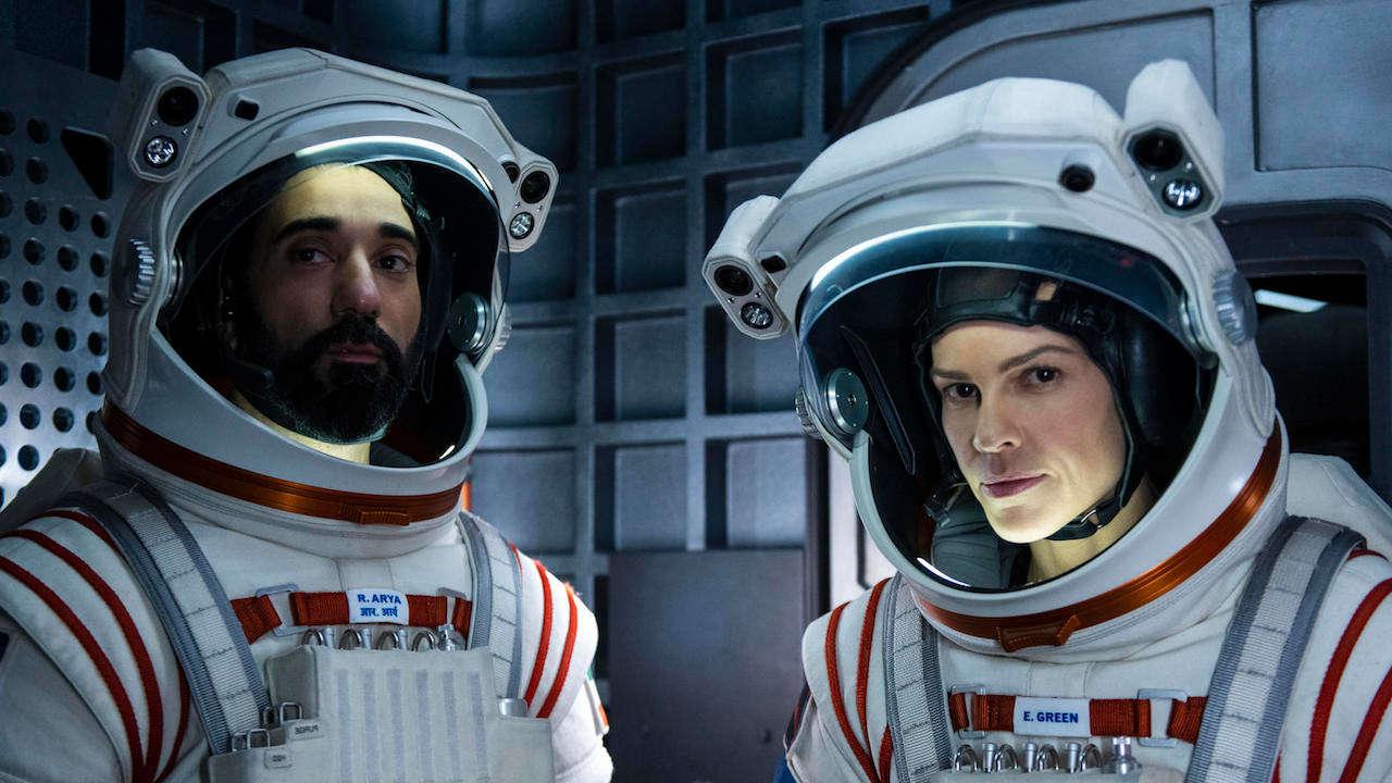 Sci-fi, superhrdinská komedie či detektivka. Netflix opět láká na novinky