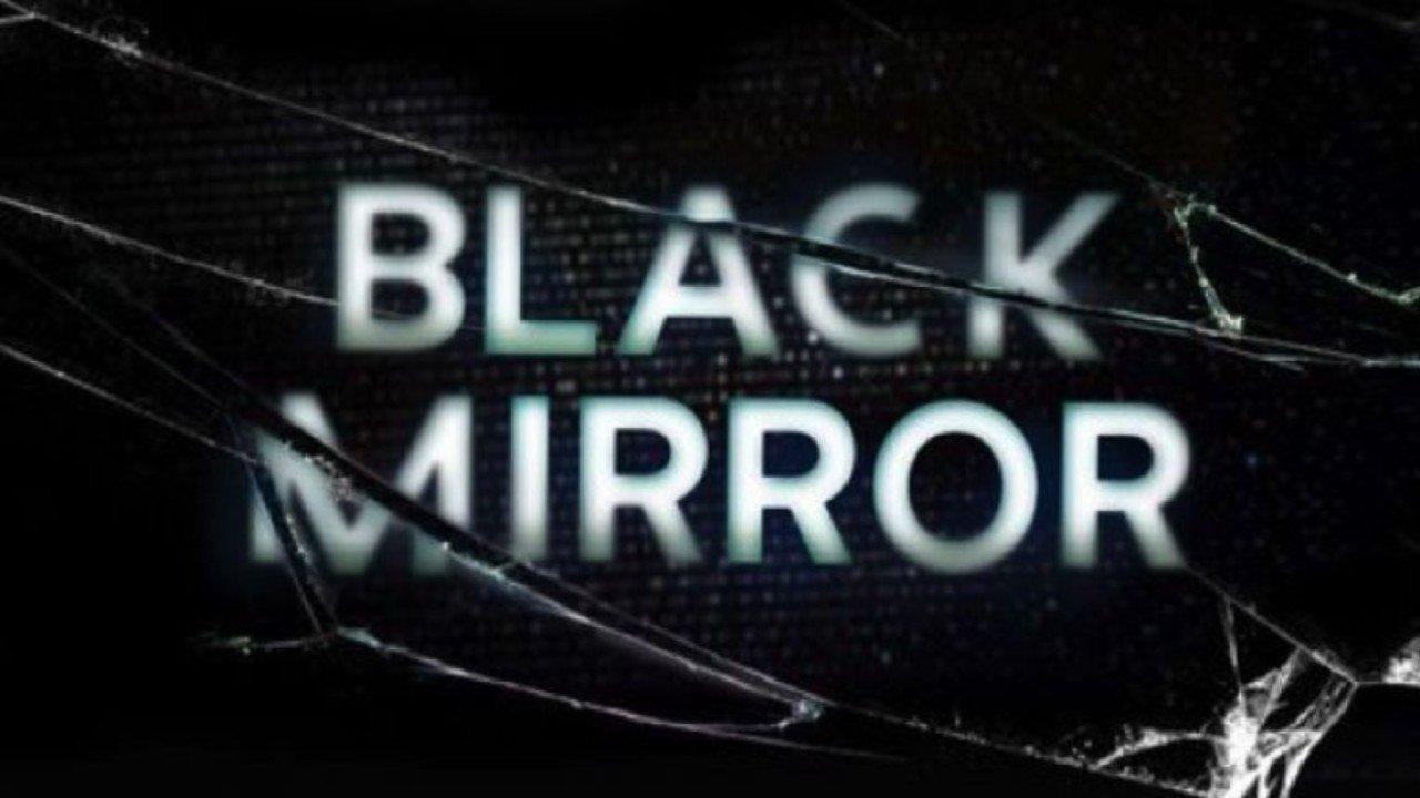Pátá řada dystopie Black Mirror se blíží. Máme trailer a datum vydání