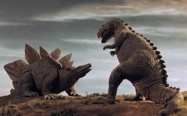 Ceratosaurus vs. Stegosaurus (Fantasia a Cesta do pravěku 1940, 1955)