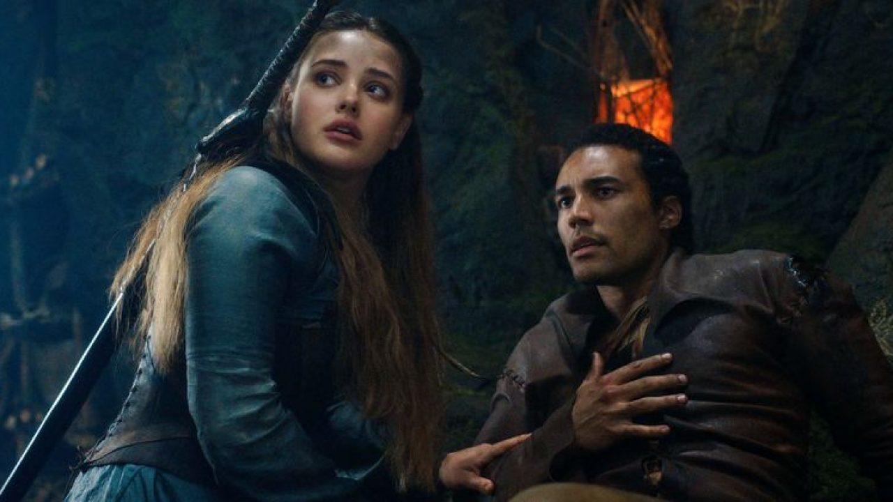 5 filmů a seriálů, které vám spraví chuť po artušovské Prokleté od Netflixu