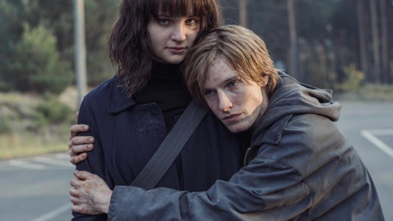 Temné sci-fi Dark se loučí. Netflix v novém traileru oznámil datum premiéry