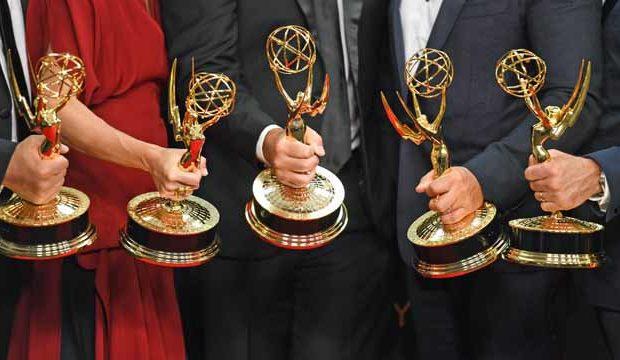 Emmy 2017 ovládly Sedmilhářky a Příběh služebnice