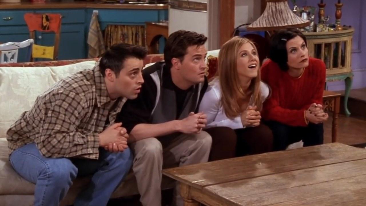 10 najzabawniejszych odcinków Przyjaciół, których nigdy dość