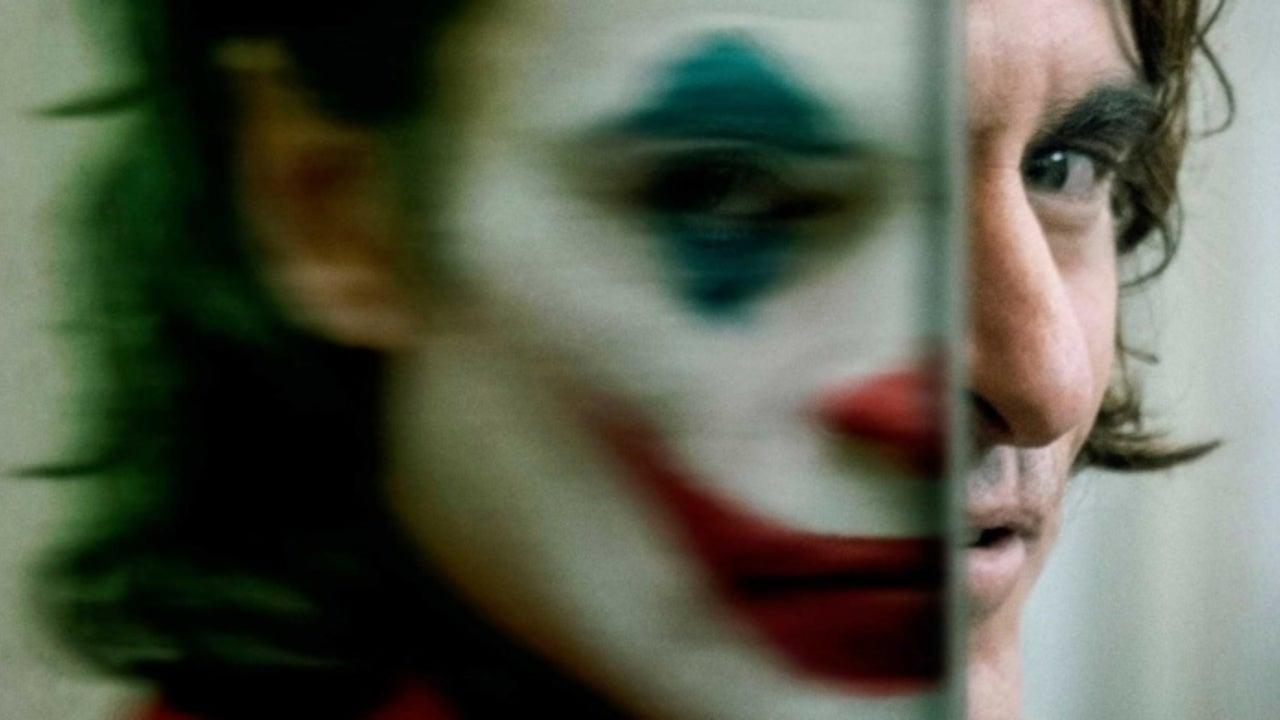 Nabarvené ptáče sestřelil v Benátkách Joker, kritiky byly místy zdrcující