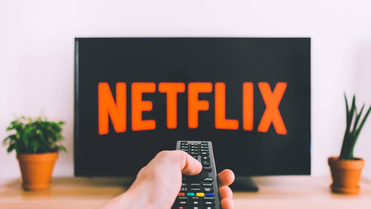 Netflix ako klasická televízia? Lineárne vysielanie testuje vo Francúzsku