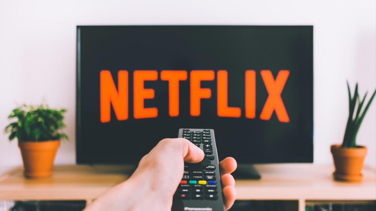 Netflix jako klasická televize? Lineární vysílání testuje ve Francii