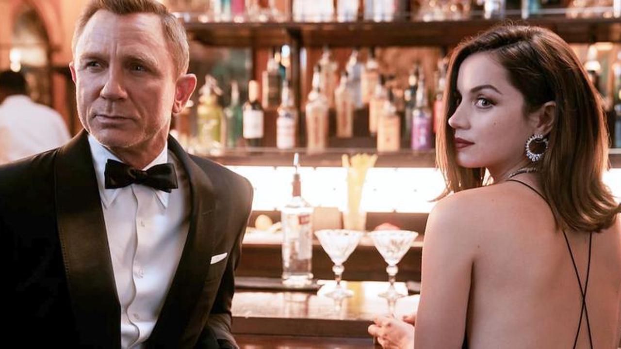 8 nádherných a silných Bond girls, které agenta 007 pořádně potrápily