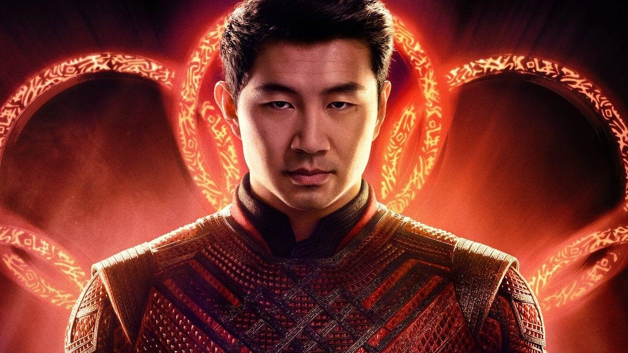 Shang-Chi je tady. Bijec Marvelu nakopává zadky v prvním traileru!