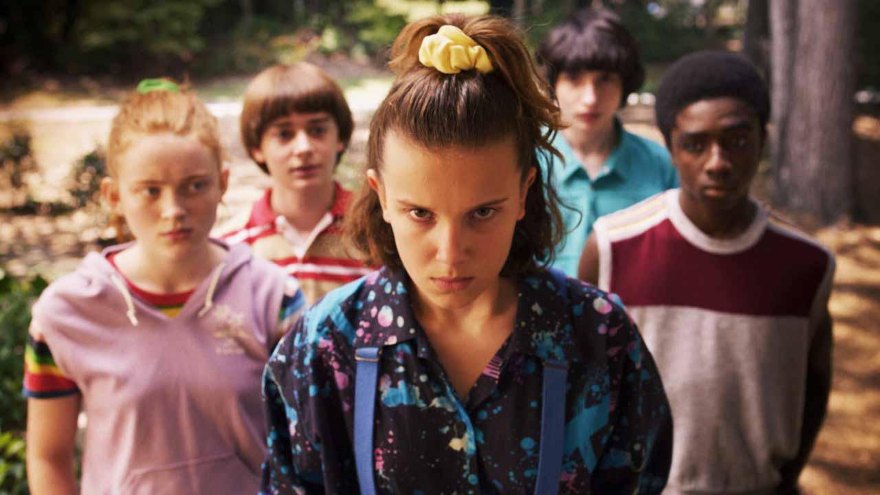 10 seriálů, u kterých promarníme letošní léto (a podzim)