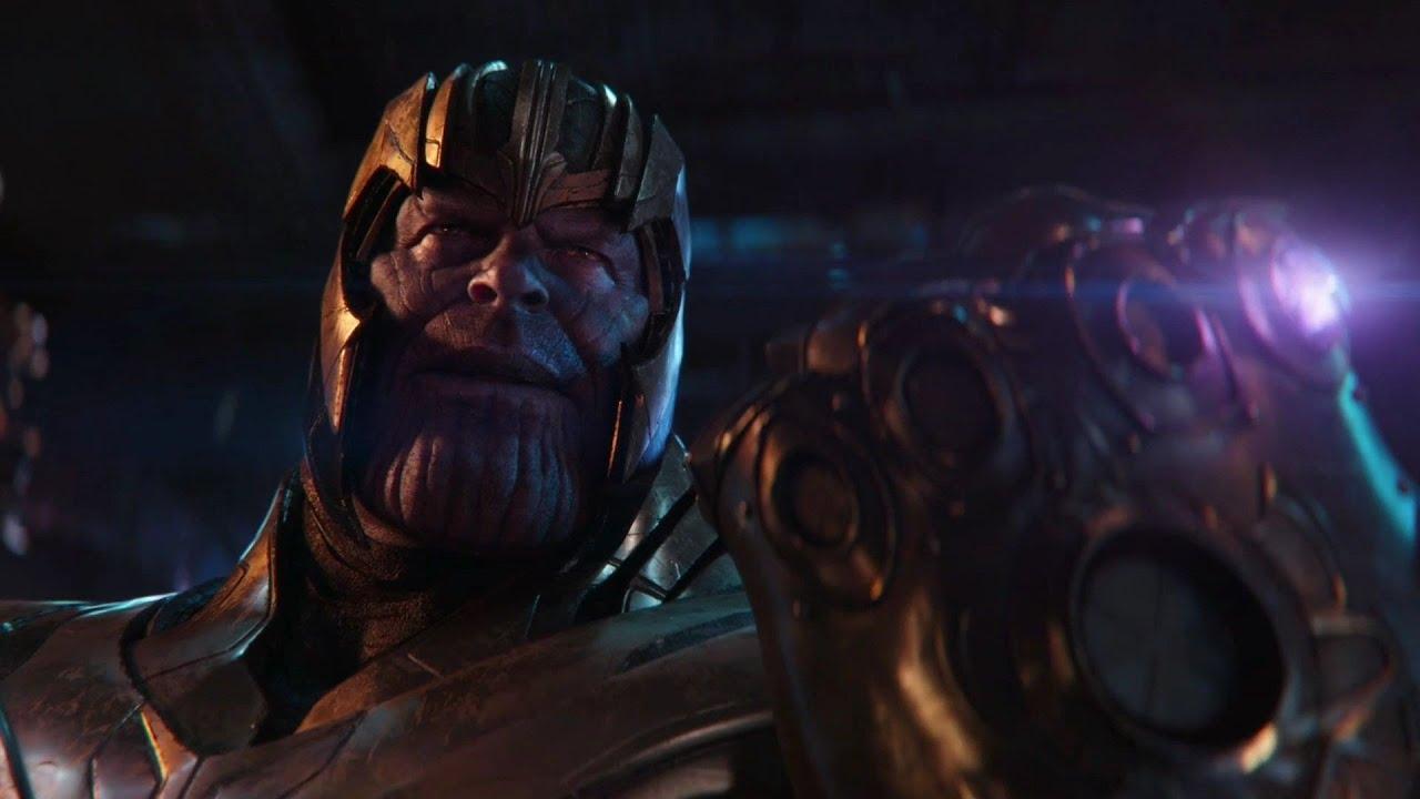 Tony měl dvě rukavice nekonečna?