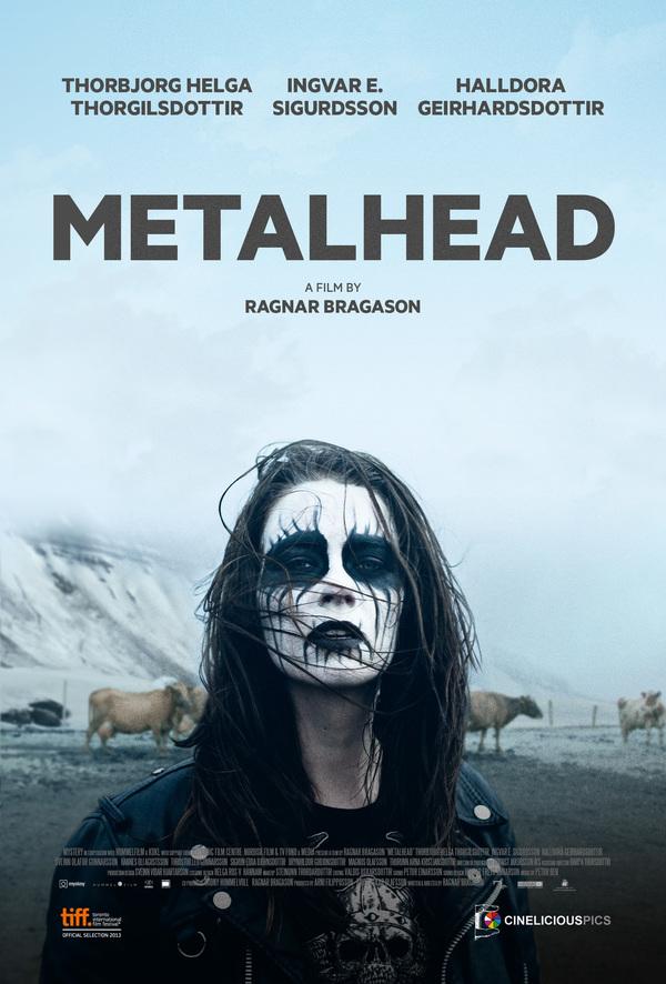 Hlava plná metalu online