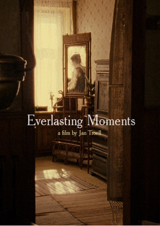 Everlasting Moments online