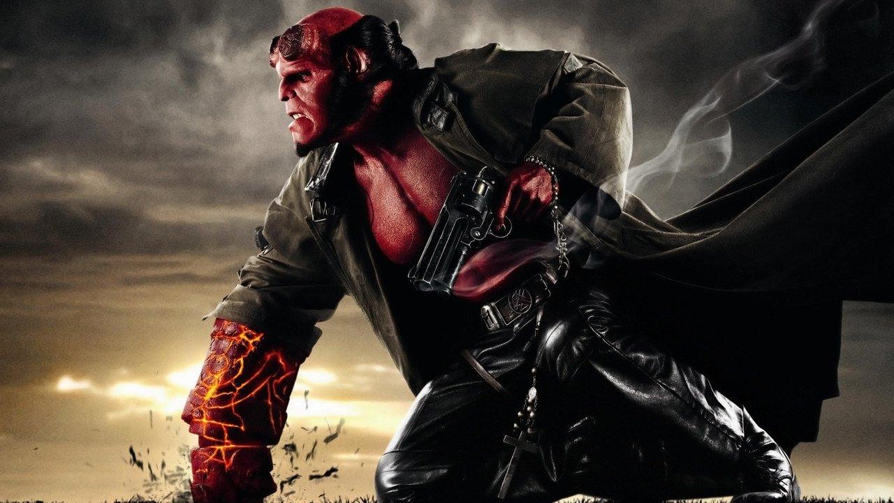 Hellboy II: Zlatá armáda online