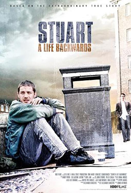 Stuart: Život pozpátku online