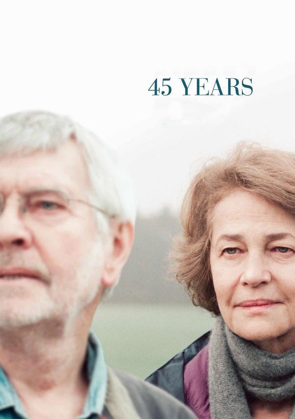 45 let online