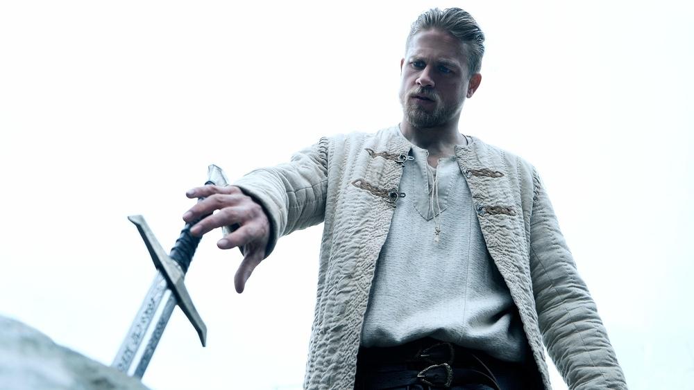 Král Artuš: Legenda o meči online