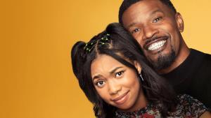 Netflix ruší i nový sitcom s Jamie Foxxem po 1. řadě. Plakat ale nemusíte