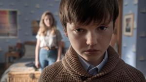 Netflix přichází s novými trailery na hororovou pecku a historickou řežbu
