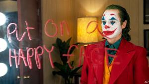 Na HBO dorazil Joker. Nejvýraznější komiksový film od Temného rytíře