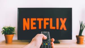 Netflix v roku 2020 nepoľavuje, predstavil masívnu filmovú ponuku
