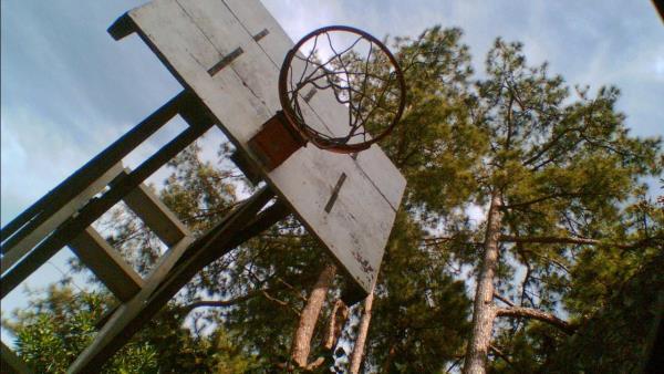 Hoop Dreams download