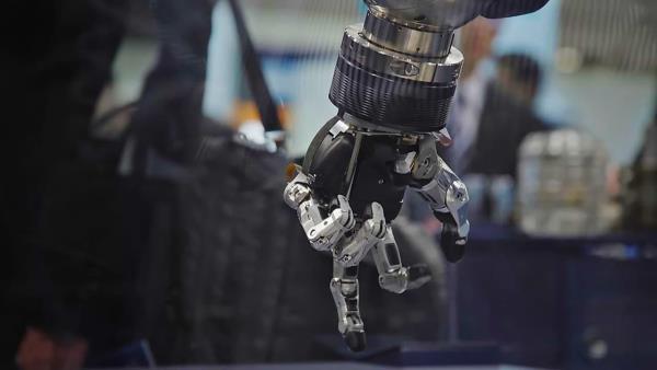pravda-o-robotech-zabijacich