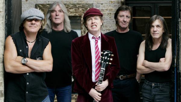 AC/DC: Family Jewels