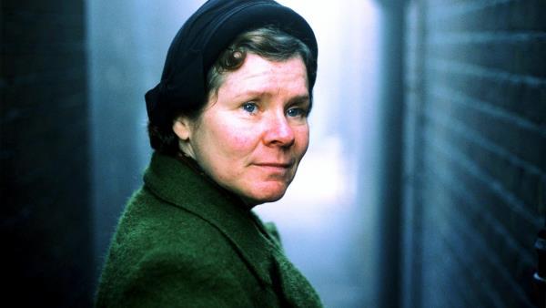 Vera Drake - žena dvou tváří download