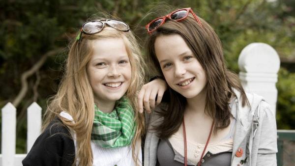 Karla a Katrine