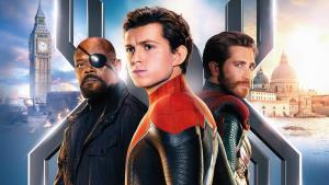 Nový Spider-Man vrací diváky pomalu do kin, ale na Avengers zatím nemá