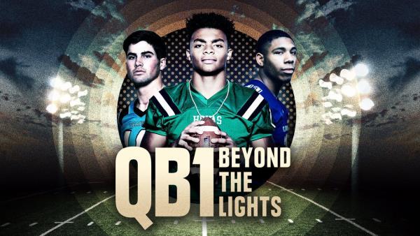 QB1: Mimo záři reflektorů